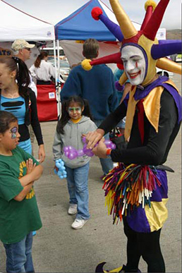 Balloon Clown Image 2 - Inspire Productions